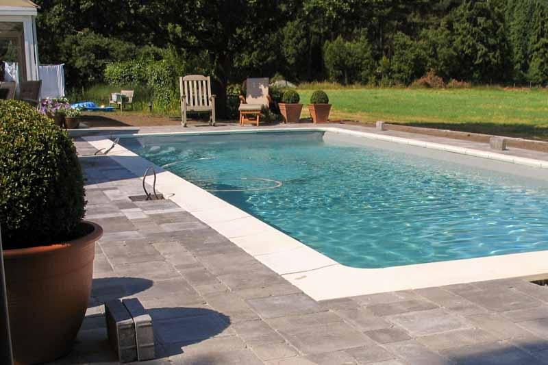 Beelen en Geboers - Aanleg zwembad